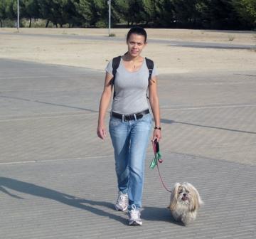 Ana y su perro Toffe