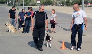 Pablo y su cachorra Lola